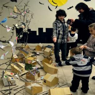 Pozivamo Vas na radionicu i okrugli stol O vizualnoj edukaciji djece pripremljen u suradnji s finskom školom arhitekture za djecu Arkki i Odborom Arhitektura i djeca Hrvatske komore arhitekata koji će se održati u utorak, 26. veljače 2013. od 10:00 do 13:30 u DAZu.