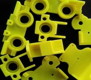 Drenovska udruga ' Bez granica ' i GKR Vas uvode u sviijet 3D printanja!